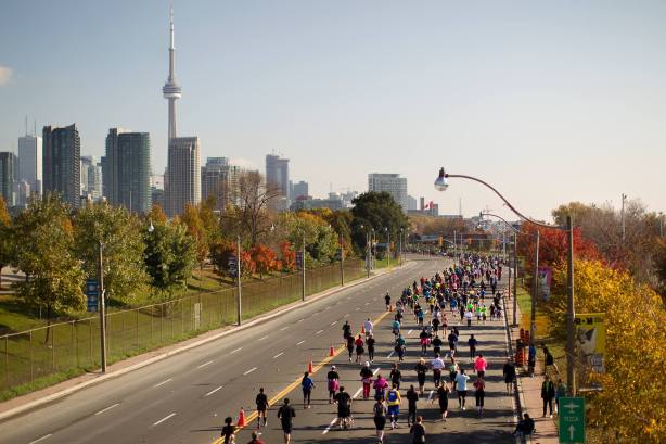 Scotiabank Toronto Waterfront Maratong